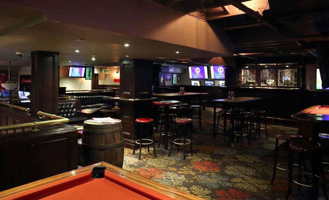 Ten Best Bars In Sydney For Sport Cheers Bar