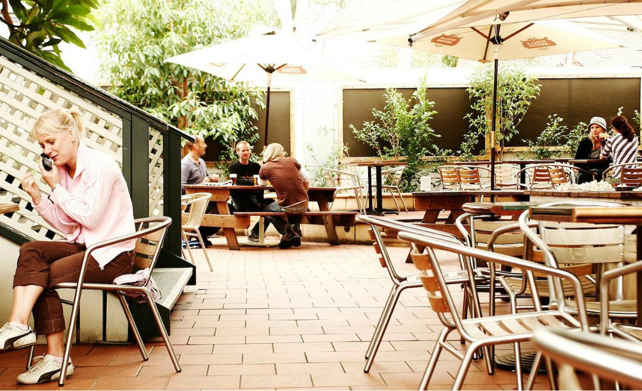 Ten Best Bars In Sydney For Sport Courthouse Hotel
